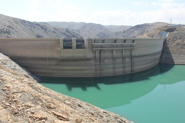 تنها 28 درصد از سد زاینده رود آب دارد